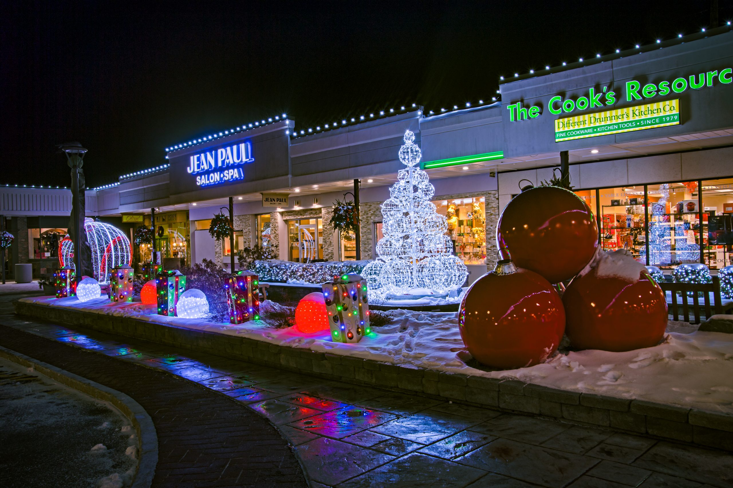Commercial Christmas decorations on display at a shopping center in Albany NY